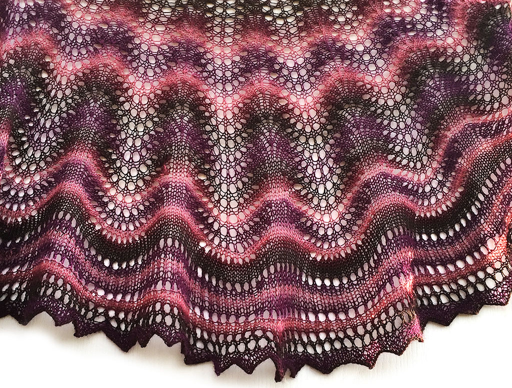 knit/lab - feather & fan crescent